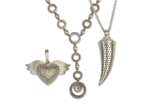 jewelry-945145_640